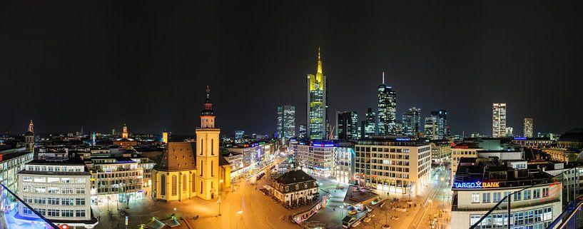 Frankfurt, skyline sur Sjoerd Mouissie