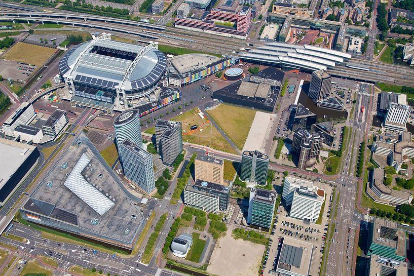 Luchtfoto Arena gebied te Amsterdam van Anton de Zeeuw