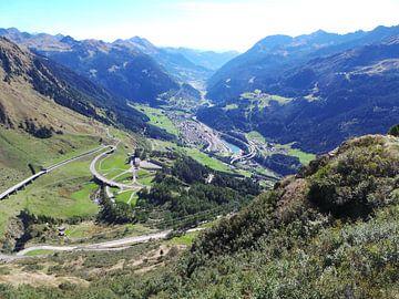 Zwitserland   St-Gottardpass van Fred Roland