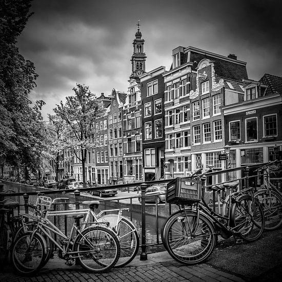 AMSTERDAM Flower Canal black & white
