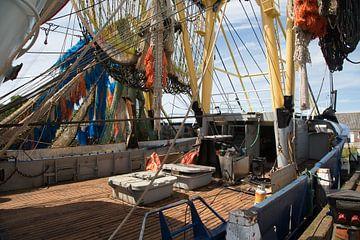 Visserschip in de haven van Sander Meijering