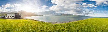 Panorama met uitzicht op de Noord-Ierse kust van Erik Rudolfs