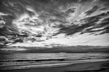 Wolken am Meer von Jacqueline Lemmens