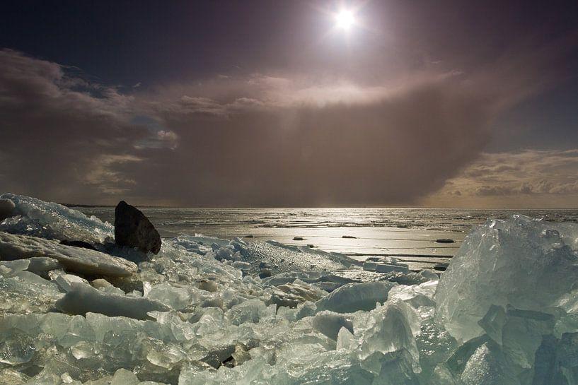 Kruiend ijs van Maurice Hertog