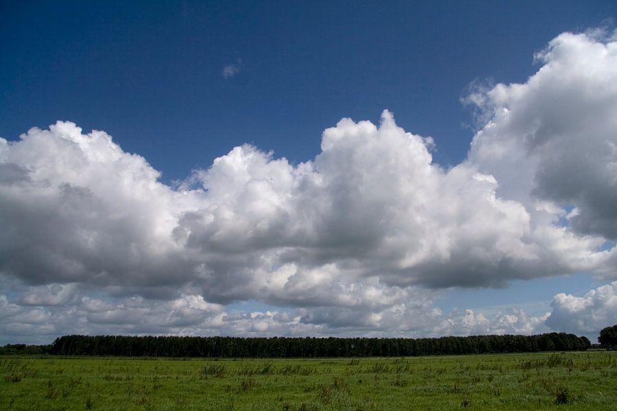 Wolkenlucht van Ronald Jansen