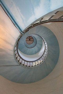 Escalier en colimaçon dans le phare de Hvide Sande 3 sur Anne Ponsen