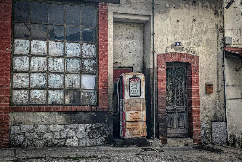 Benzinestation (oud) van Pierre Verhoeven