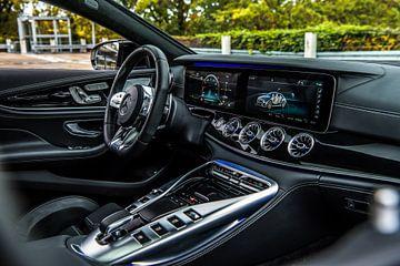 Cockpit de la nouvelle Mercedes-Benz AMG GT 63 sur Bas Fransen