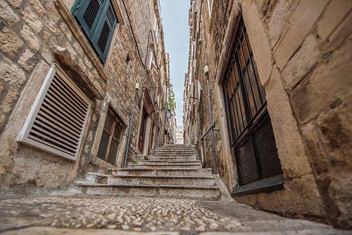 Trappen in Dubrovnik van Celina Dorrestein