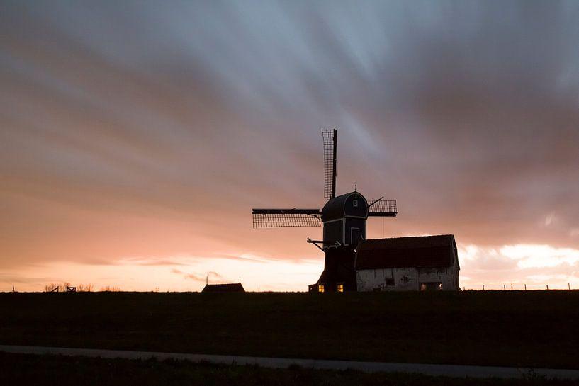 Zonsondergang in de polder van Harry Kolenbrander