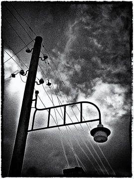 Ouderwetse lantarenpaal. van PictureWork - Digital artist