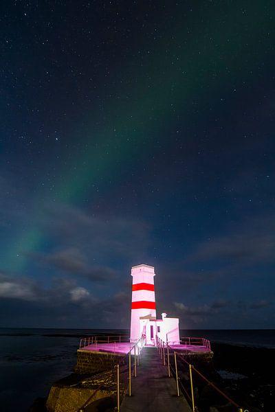 Aurora Borealis with Lighthouse sur Freek van den Driesschen
