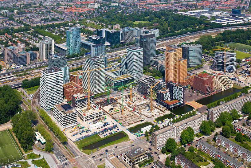 Luchtfoto Zuidas te Amsterdam van Anton de Zeeuw