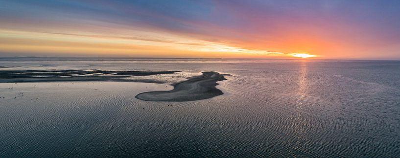 De Volharding - Zonsopkomst - Texel van Texel360Fotografie Richard Heerschap
