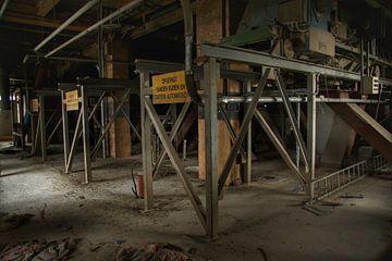 Een verlaten fabriekshal von Melvin Meijer