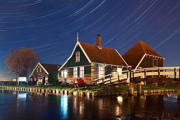 Étoiles à rayures au-dessus du Zaanse sur