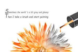 Painting the Flowers van Photo Dante
