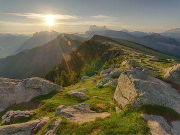 Lever du soleil dans les Dolomites sur Bas Oosterom