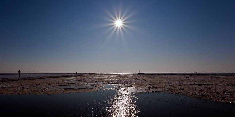 Haven Terschelling met winterijs van schylge foto