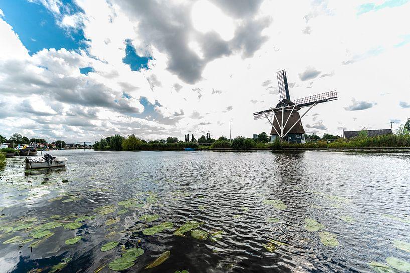 Windmolens in Holland van Brian Morgan