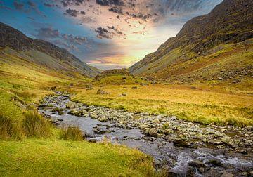 Bach im Tal, Lake District, Großbritannien von Rietje Bulthuis