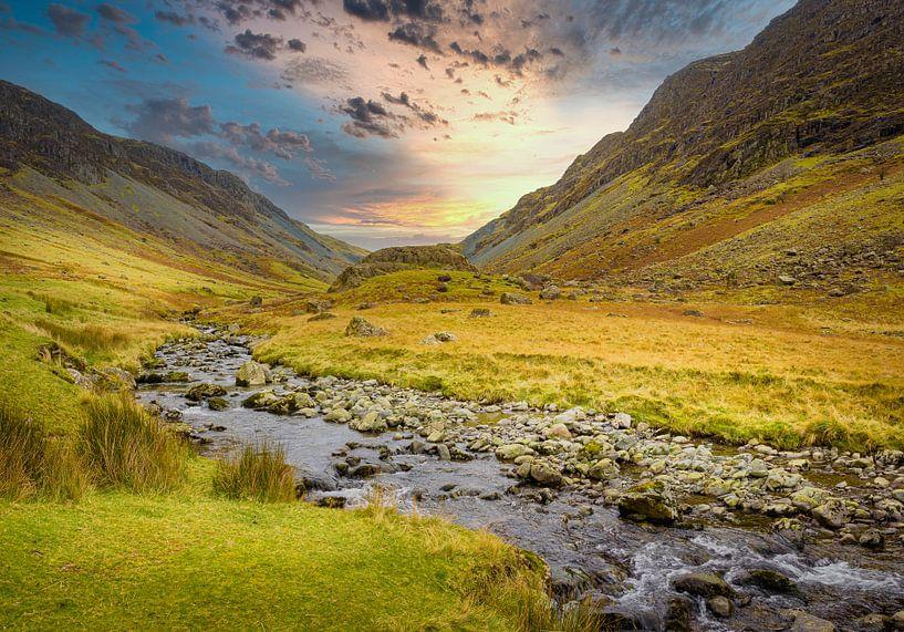Beekje in de vallei, Lake district, Groot Brittannië van Rietje Bulthuis