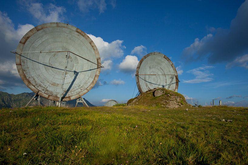 verlassene Antennenschüsseln von urbex lady