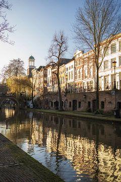 Oudegracht Utrecht met Jacobibrug en Augustinuskerk van De Utrechtse Grachten