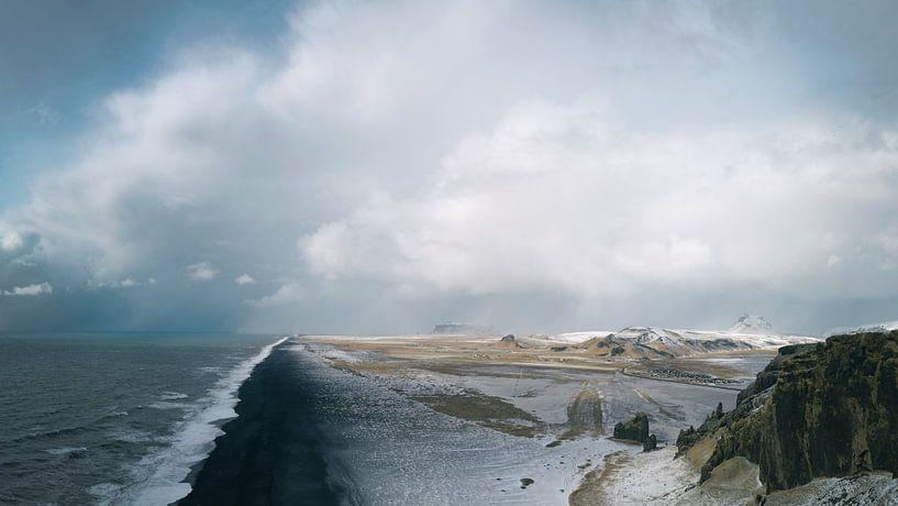 Dyrhólaey - IJsland van Gerald Emming