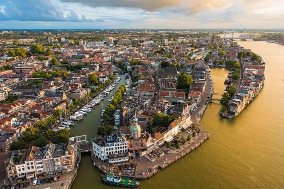Dordrecht van Stefan Wapstra