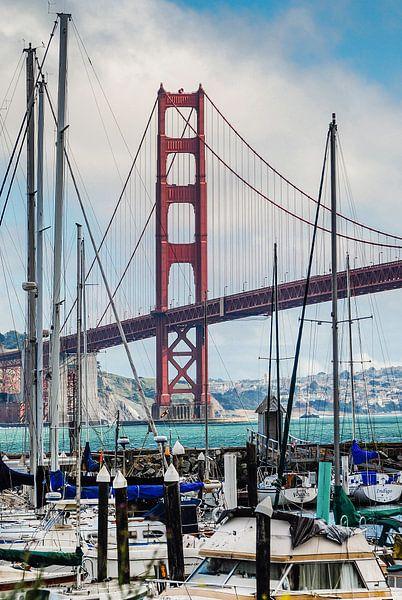 Golden Gate Bridge vanaf de Presidio Yacht Club van Ricardo Bouman