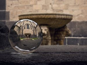 Kristallkugel in der Abtei von Betty Heideman Fotografie
