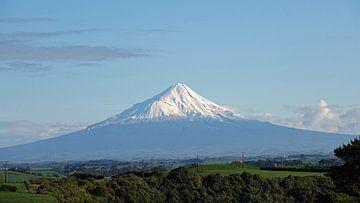 Mont Taranaki au parc national d'Egmont, Nouvelle Zélande sur Aagje de Jong