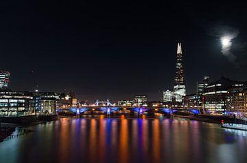 Londen bij nacht van J Y