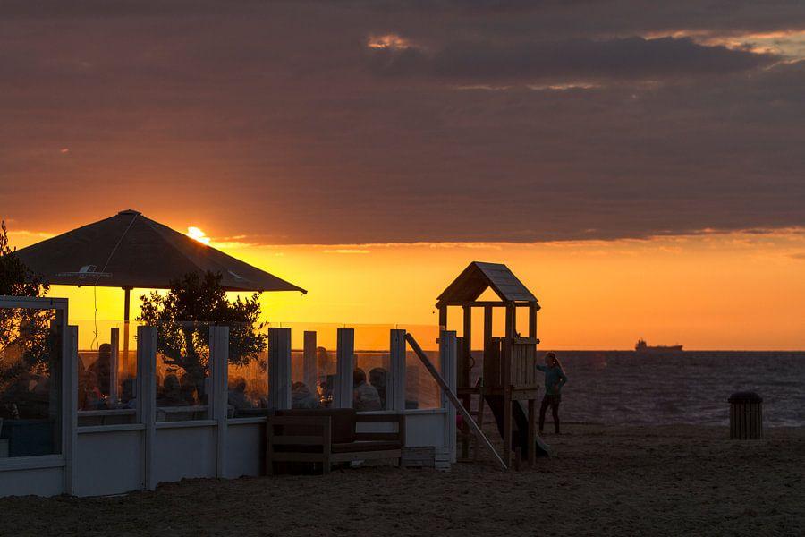 Op het Strand... van Eus Driessen