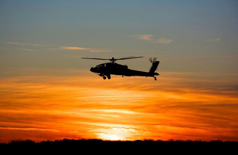 AH 64D Klu Deelen zonsondergang van Jaap Verbruggen