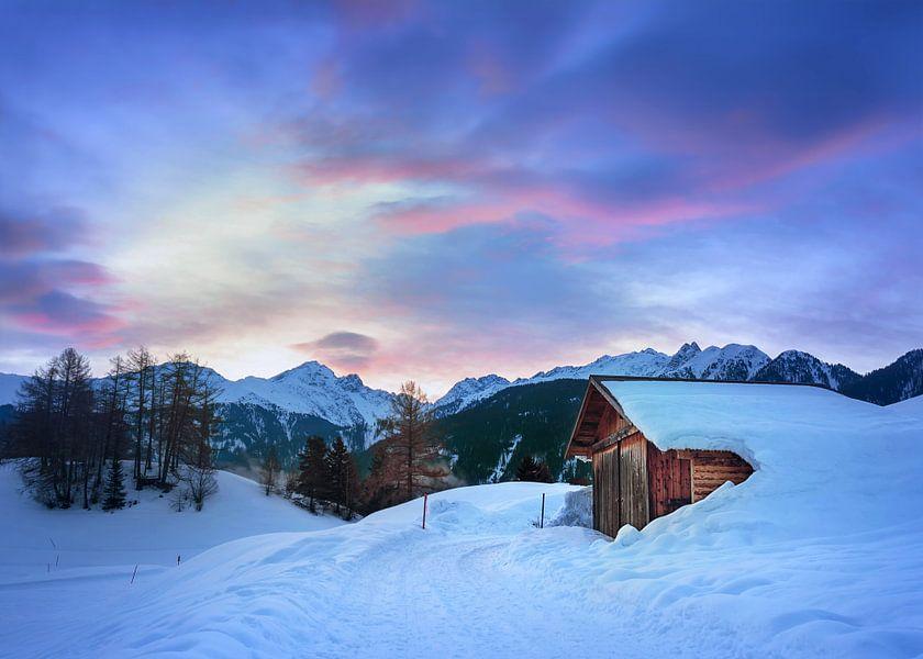 Winterochtend in Serfaus van Christa Thieme-Krus