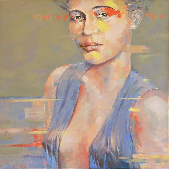 Porträt der modernen Frau mit gelber und orangefarbener Bluse