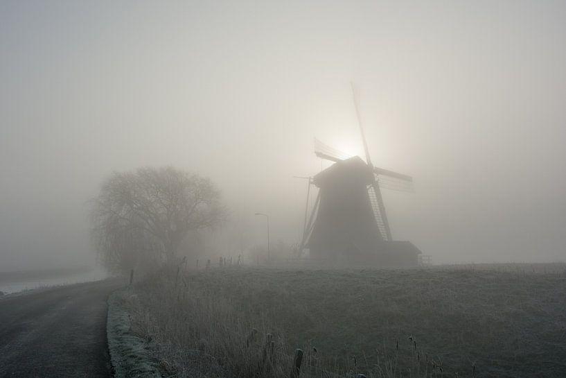 Molen in de ochtend von Marco Bakker