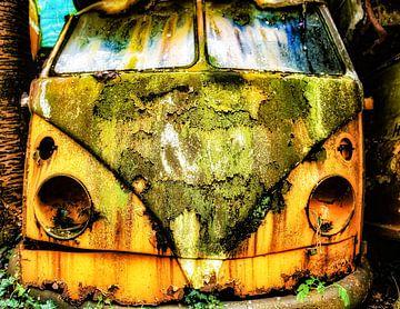 Verlaten Volkswagen T1 van Truckpowerr