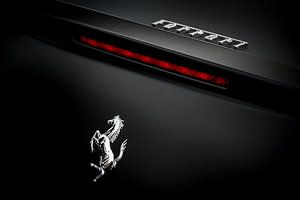 Zwarte Ferrari