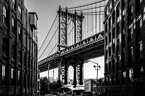 Manhattan Bridge, New York City van Eddy Westdijk