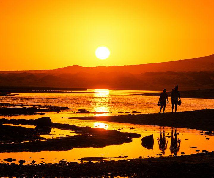 Oranje zonsondergang van Harrie Muis