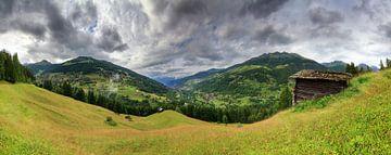 Zwitserse alpen zomer panorama met wolken von Dennis van de Water