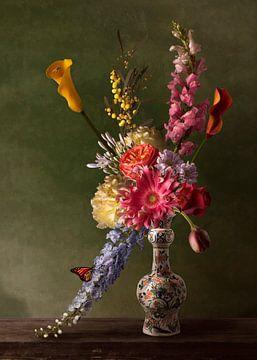 "Royal Flora ""Romance"" bloemstilleven van Sander Van Laar"