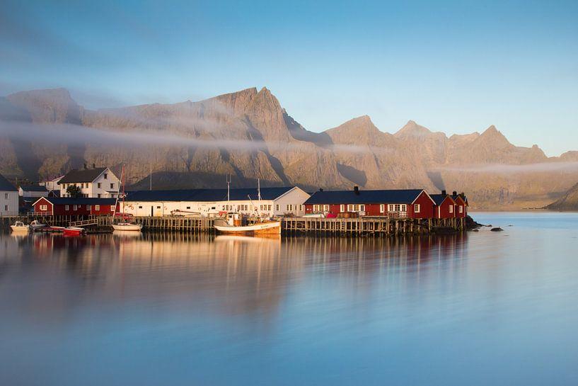 Hamnoy Harbour van Rudy De Maeyer