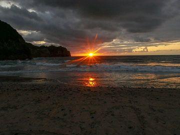 Dunkler Sonnenuntergang von Thomas Hofman