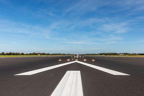 De startbaan van Rotterdam The Hague Airport in Rotterdam