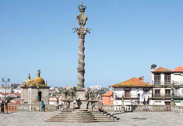 Pelhourino zuil, plein voor de kathedraal Se do Porto, Porto, district Porto, Portugal, Europa van Torsten Krüger