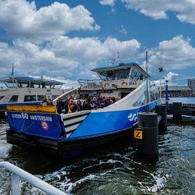 Ferries amsterdam sur Frank Dotulong